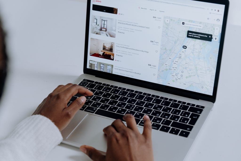 tassa di soggiorno airbnb